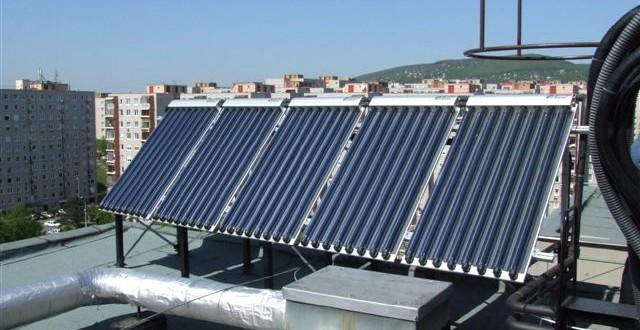 Mi a különbség a napkollektor és a napelem között?