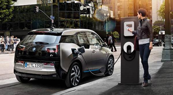 Csütörtöktől lehet pályázni ingyenpénzre elektromos autóhoz