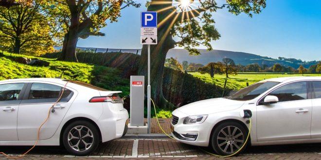 A magyar autósok negyede nyitott az elektromos autó vásárlásra