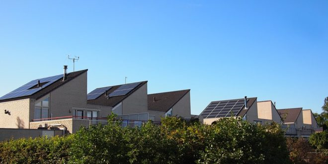 Hasznot is termelhet a lakossági napelem