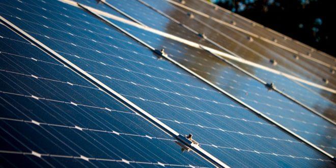 Huszonhat közintézmény kapott napelemeket Kiskunfélegyházán