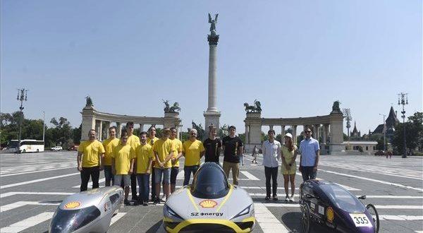 Magyar elekromos autók indulnak versenyezni Londonban