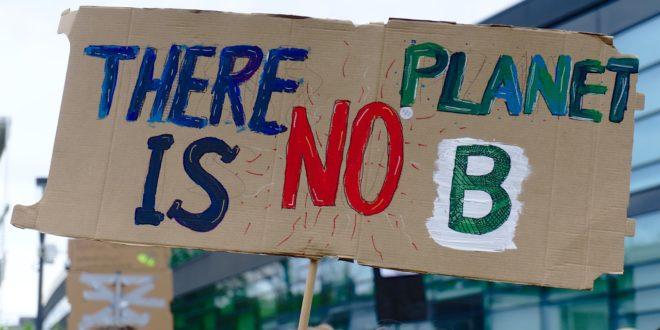 Klímatüntető diákokat bírságoltak meg Németországban