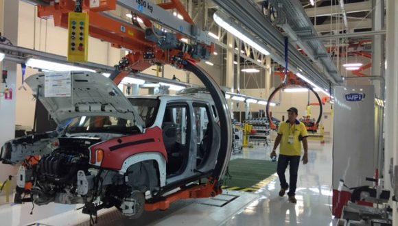 Elektromos autók gyártására készül Kínában a Fiat Chrysler és a Foxconn