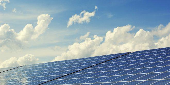 36 000 km magasba telepítene naperőművet Kína, végtelen energiaforrásuk lehet