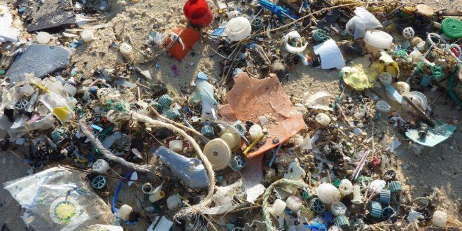 Mintegy 414 millió műanyagszemét árasztotta el az Indiai-óceán egy szigetcsoportját
