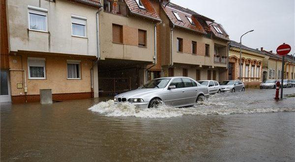 Éghajlatkutató: évtizedes tendenciákat kell nézni a klímaváltozással kapcsolatban