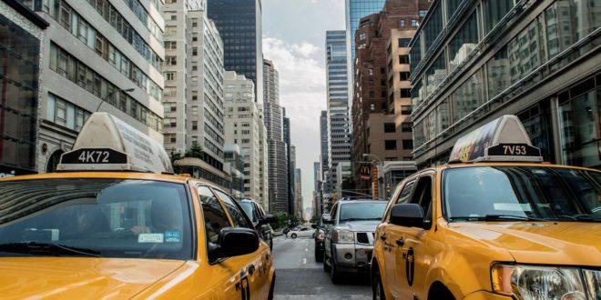 Trump enyhített az autók kibocsátási szabályain